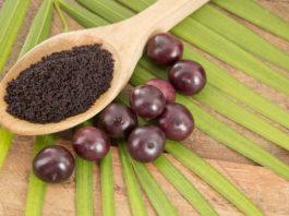 Dobroczynny owoc jagody acai