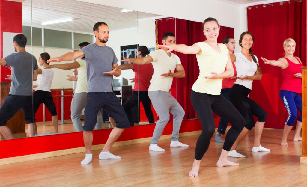 U kobiet z rakiem piersi po terapii tańcem zaobserwowano: poprawę nastroju, poprawę jakości życia oraz adaptację do nowej sytuacji życiowej.